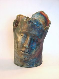 rakued face vase