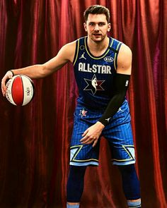 Nba Players, Basketball Players, Nba Miami Heat, Basketball Legends, Larry Bird, Dallas Mavericks, Detroit Pistons, Oklahoma City Thunder, San Antonio Spurs