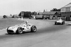 Stirling Moss and Juan Manuel Fangio at 1955 British Grand Prix Italian Grand Prix, British Grand Prix, The Great Race, Liverpool History, Formula 1 Car, Classic Mercedes, Mercedes Benz Cars, Car And Driver, Vintage Racing