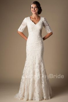 Ivory Vintage Lace Mermaid Modest Wedding Dresses With Half Sleeves 2016 V Neck Elbow Sleeves Length Temple Wedding Gowns Vestido De Noiva Western Wedding Dresses, Modest Wedding Dresses, Bridal Dresses, Wedding Gowns, Lace Weddings, Bridesmaid Gowns, Mature Bride Dresses, 2nd Marriage Wedding Dress, Second Wedding Dresses