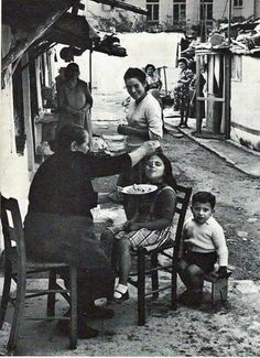 Old Athens. Yiayia always made sure you had enough to eat and that you did eat.even when you already told her a 100 times you weren't hungry … Greece Pictures, Old Pictures, Old Photos, Vintage Photos, People Around The World, Travel Around The World, Around The Worlds, Old Greek, Greek Art