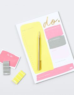 Reach your goals while appreciating life's little joys with this B5 Daily Notes Pad. Record your to do list, priorities for today and tomorrow, water intake, notes and a joyful moment to make every day matter. With beautiful foil detailing, this gorgeous planning tool will inspire you to dream and do.