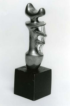 Henry Moore - Works in Public - Stringed Figure 1937 (LH 186e)