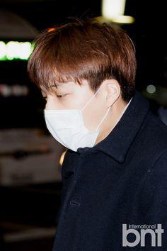 Incheon Airport to Singapore 160108 : Kai