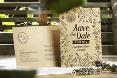 Hierbei handelt es sich um eine Musterkarte.  Die *Save-The-Date-Karte* kündigt das große Datum in *Postkartenform* an.   Wir bringen diese Liebe und das Feld voller duftenden Blumen zu eurer...