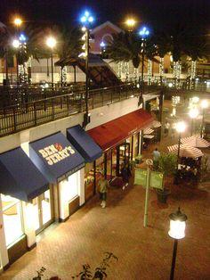 Had many raspberry margaritas at Iguana Cantina here - m. Pointe Orlando | Orlando, FL