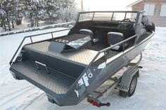 John Boats, Aluminum Boat, Boat Stuff, Boat Design, Power Boats, Boat Building, Catamaran, Rowing, Tactical Gear