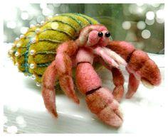 Hermit crab - needle felted - SShaw Needle Felted Animals, Felt Animals, Felt Fish, Fabric Dolls, Rag Dolls, Needle Felting Tutorials, Little Pet Shop, Recycled Sweaters, Wool Felt