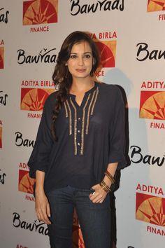 Dia Mirza at Bawraas Show at Rangsharda.