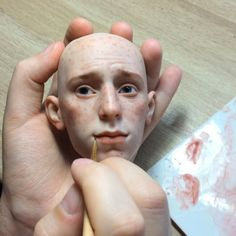 Artist Masterfully Sculpts Hauntingly Lifelike, Fully Articulating Dolls From Polymer Clay. Russian artist in general by far are my favorite doll artist. Polymer Clay Sculptures, Polymer Clay Dolls, Sculpture Clay, Bronze Sculpture, Arte Fashion, Realistic Dolls, Lifelike Dolls, Clay Figures, Paperclay