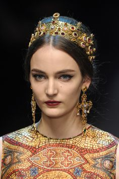 """Zuzanna Bijoch, Dolce and Gabbana Fall 2013 Details I'm sure someone at Dolce and Gabana went to Istanbul and/or Ravenna in 2011 or 12 and fell in love with the Byzantine murals. It's more than a bit """"over-the-top"""" Chanel did Byzantine in Fall 2011 (http://www.style.com/fashionshows/complete/slideshow/2011PF-CHANEL/#15), and they did it better."""