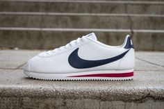NIKE CLASSIC CORTEZ LEATHER WHITE MIDNIGHT NAVY