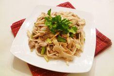 Cách làm món măng xào thịt lợn ngon miệng, hao cơm - http://congthucmonngon.com/163437/cach-lam-mon-mang-xao-thit-lon-ngon-mieng-hao-com.html