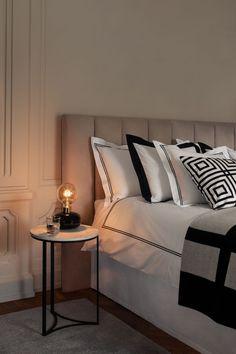 Dynebetræk i bomuldspercale - Hvid/Sort - Home All Home Bedroom, Bedroom Decor, Bedroom Inspo, Bedroom Ideas, Hm Home, Lit Simple, White Duvet Covers, Single Duvet Cover, Bedroom Black