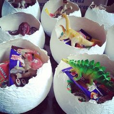 Great ideas for Dinosaur parties - Ryder's Dino party - Birthday Park Birthday, Third Birthday, 3rd Birthday Parties, Birthday Party Decorations, Birthday Ideas, Dinosaur Party Decorations, Dinosaur Party Favors, Dinasour Birthday, Dinosaur Birthday Cakes