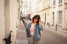 Blogueuse mode bordeaux - veste denim et pantalon taille haute