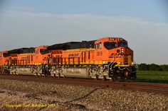 https://flic.kr/p/Puk7vo | Brand New & Shiny 1KM_3288-3 | Train Z-CHISBD6-07 is at Cicero, KS  at MP 232.5 on August 8th, 2015 with brand new ET44C4 3919 & 3917 leading 8227 & 6632.  This is the first trip west for the two Tier 4s built at Fort Worth.