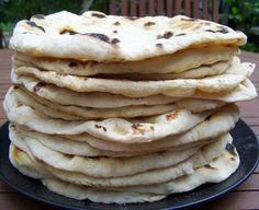 Naan kenyér - Kifőztük, online gasztromagazin Hungarian Recipes, Naan, Cake Cookies, Soul Food, Vegetarian Recipes, Pancakes, Bakery, Food And Drink, Favorite Recipes