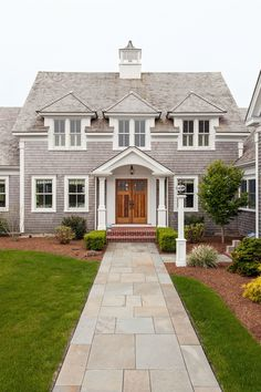 If we talk about house exterior, do you know Cape Cod Homes? The design is so enchanting because this home design is similar to the beachy style. Exterior Colors, Exterior Design, Exterior Windows, Exterior Paint, Cape Cod Exterior, Plans Architecture, Installation Architecture, Victorian Architecture, Dormer Windows