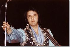 Elvis Presley : Kiel Auditorium St Louis, Miss 8.30pm : March 22, 1976