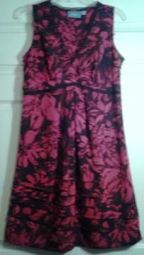Simply Vera by Vera Wang size 10 dress
