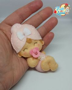 Discover thousands of images about trendy craft felt projects embroidery Crafts For Boys, Toddler Crafts, Halloween Crafts For Kids, Needle Felting Tutorials, Felt Baby, Baby Baby, Felt Patterns, Baby Kind, Felt Toys