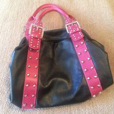 Authentic Charm and Luck Rhinestone Handbag! 💋 Authentic Charm and Luck Rhinestone Handbag in Hot Pink & Black. In excellent condition! 💋 PRICE DROP! 💥 Charm and Luck Bags
