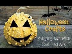 Halloween Crafts - Spooky Halloween Decorations & Crafts for all the Family