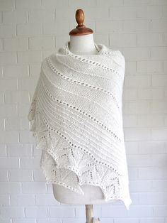 """A new shawl knitting pattern, based on my """"Simple Lines"""" but this time in a worsted weight alpaca yarn and a different border. Knit Shrug, Knitted Shawls, Knitted Blankets, Knit Scarves, Knitting Designs, Knitting Projects, Knitting Patterns, Shawl Patterns, Line Patterns"""