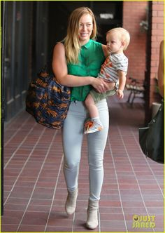duff milf women Straight women reveal why they enjoy intimate flings with  hilary duff and boyfriend matthew koma take their dog lucy out for a walk in la when it comes.