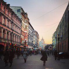 1/2 Раз есть пара лишних часов - пойду гулять по любимому городу, по центру и своим тайным улочкам.