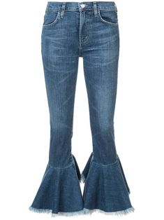 Shop online blue Citizens Of Humanity flared cropped jeans as well as new season, new arrivals daily. Summer Jeans, Citizens Of Humanity Jeans, Harajuku Fashion, Skinny, Cropped Jeans, Denim Jeans, High Waist Jeans, Flare Jeans, Bell Bottoms