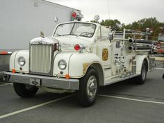 This 1950s Mack Fire Engine.....