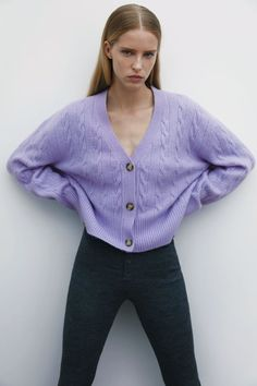 Cable Knit Cardigan, V Neck Cardigan, Knit Jacket, Zara Women, Knitwear, Autumn Fashion, Style Inspiration, Pullover, Knitting