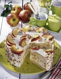 Unser beliebtes Rezept für Apfel-Torte auf Marzipan-Nussboden und mehr als 55.000 weitere kostenlose Rezepte auf LECKER.de.