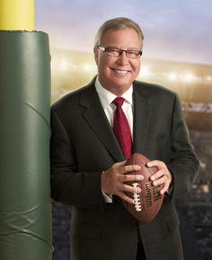 ESPN's Ron Jaworski: For Love of the Game(s) Former Philadelphia Eagles quarterback Ron Jaworski, a native of western New York, long ago earned his New Jersey stripes. Ron Jaworski, Philadelphia Eagles, Modern Man, Espn, Comedians, Eyewear, Nfl, Suit Jacket, Stripes