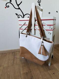Sac Samba toile blanche et simili camel cousu par Cidou - Patron sac Sacôtin