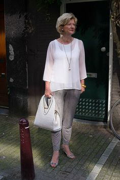 Summer Outfits For Women Over 60: Fashion Woman + 40 on Pinterest   Over 40  Over 50 and Rita Moreno,