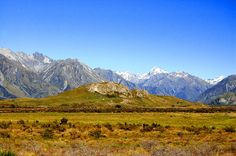 https://flic.kr/p/71C8dy | Remember Edoras in Lord of the Rings? (12.000+ views!) | This is the place were Legolas & Co. rode to Edoras, the village on top of the hill in the Lord of the Rings movie. It's in the middle of nowhere, a long gravel road through the mountains on the South Island of New Zealand.