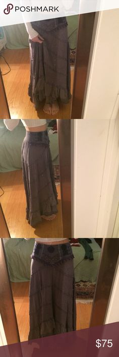 Free People maxi skirt Beautiful and comfortable maxi skirt with lace and embroidery design at the waist. Tiered jersey material, like a stretchy t-shirt. Free People Skirts Maxi