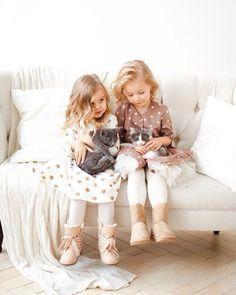 Сладкие девочки и котятки, ну что может быть милее  #молли_catsekb  Одежда от @miko_kids