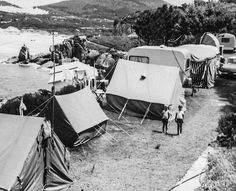 Camping in Hout Bay 1963 Old Oak Tree, Cape Town South Africa, Camping, African History, Old Pictures, Caravan, Wonders Of The World, Outdoor Gear, Outdoor Living