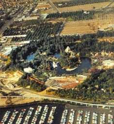 Pictures Disneyland - Old Photos and Ephemera Thread - Page 4