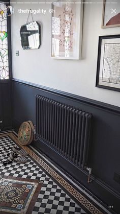 Homedecorrustic two tone walls, dark hallway, hallway paint, tiled hallway, Flur Design, Home Design, Interior Design, 1930s House Interior, Interior Ideas, Hall Interior, Color Interior, Interior Stairs, Interior Paint