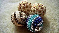 Kulki koralikowe (beaded balls) - wzór w kropki i paski ★ TUTORIAL BEADI...