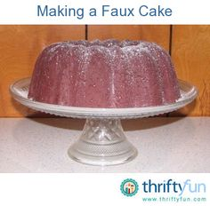 I recently discovered that newspaper can make a great pulp to make faux foods. I've been wanting a faux cake to display on a cake platter. Recycled Crafts, Diy Crafts, Dummy Cake, Cake Platter, Fake Cake, Primitive Crafts, Primitive Fall, Primitive Kitchen, Felt Food