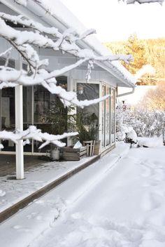 hannashantverk.blogspot.se vinter altan snö scandinavian winter