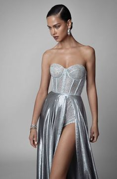 F/W 2019 | Berta Pretty Dresses, Sexy Dresses, Beautiful Dresses, Fashion Dresses, Prom Dresses, Formal Dresses, Luxury Dress, Couture Dresses, Elie Saab