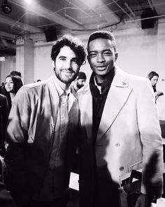 Igee Okafor So, meeting @DarrenCriss at the @ToddSnyderNY #NYFWM F/W 16 show yesterday was a blessing to me.  Igee Okafor Darren Criss is such a huge inspiration with his talent, style, resume, & person. He was also such a gentleman. Being nice isn't overrated.  Igee Okafor @DarrenCriss In divine time, we'll be rubbing shoulders! Thank you for being so nice!