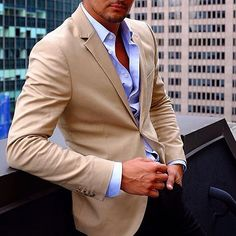 Mens Fashion Wear, Men's Fashion, Stylish Men, Men Casual, Casual Chic, Beige Blazer, Men With Street Style, Business Casual Outfits, Gentleman Style
